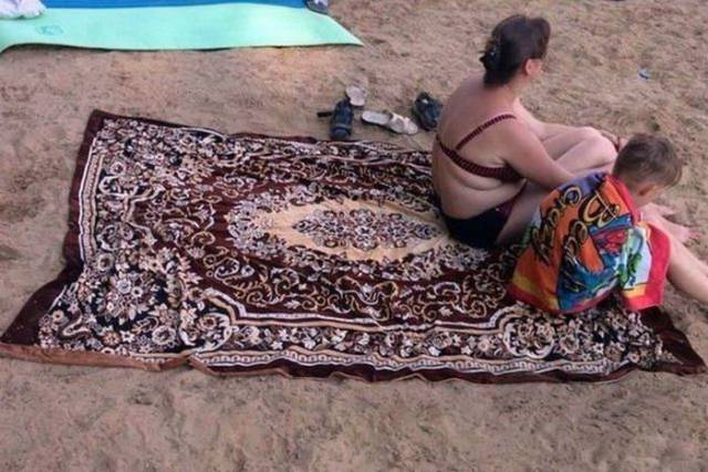 4 - 28 Pics to Prove How Much the Russians Love Their Carpets