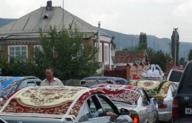 23 - 28 Pics to Prove How Much the Russians Love Their Carpets
