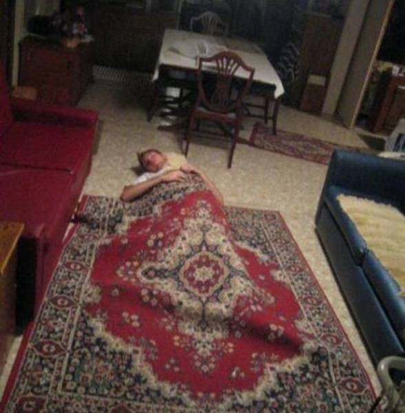 24 - 28 Pics to Prove How Much the Russians Love Their Carpets