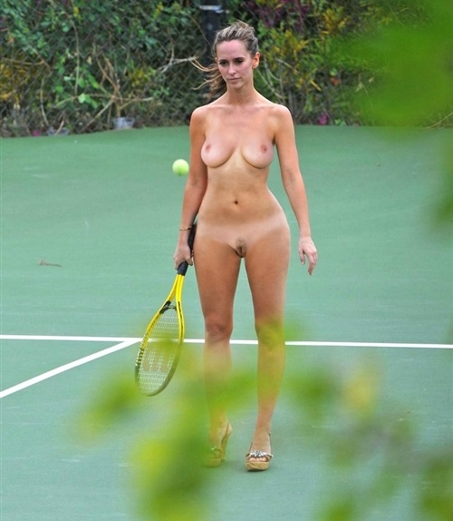 nude men and women playing tennis