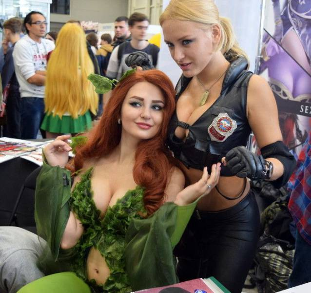 4 - Russian Gaming Festival Has Some Pretty Hot Gamer Girls