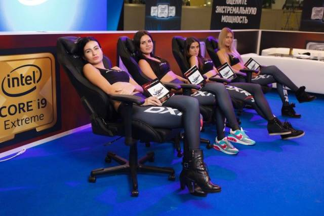11 - Russian Gaming Festival Has Some Pretty Hot Gamer Girls
