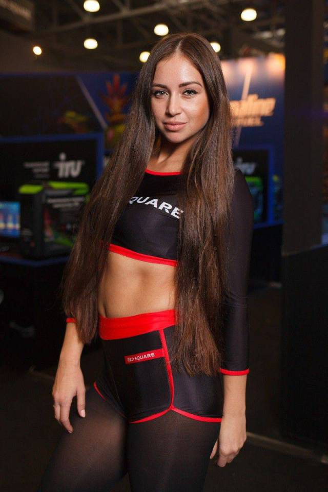 22 - Russian Gaming Festival Has Some Pretty Hot Gamer Girls