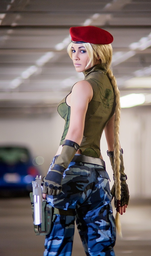 Sexy video game cosplay