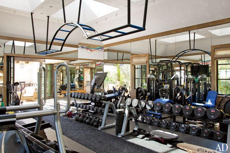 Home gym mark wahlberg  Tom Bradys & Mark Wahlberg home gym pics (pics) - Bodybuilding.com ...