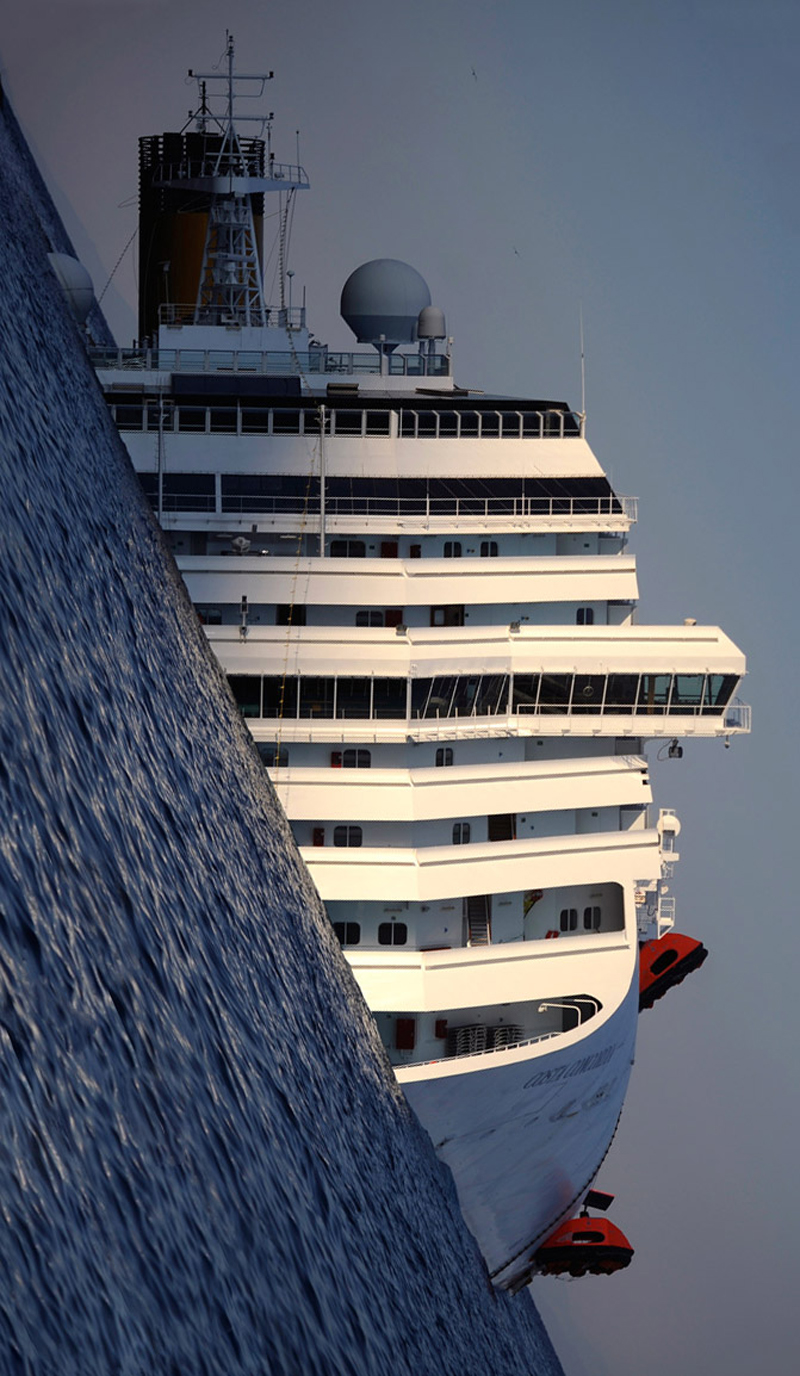 4 - Costa Concordia  a new perspective