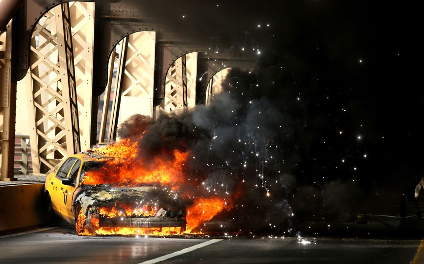 17 - Taxi cab on fire, New York January 9 2013