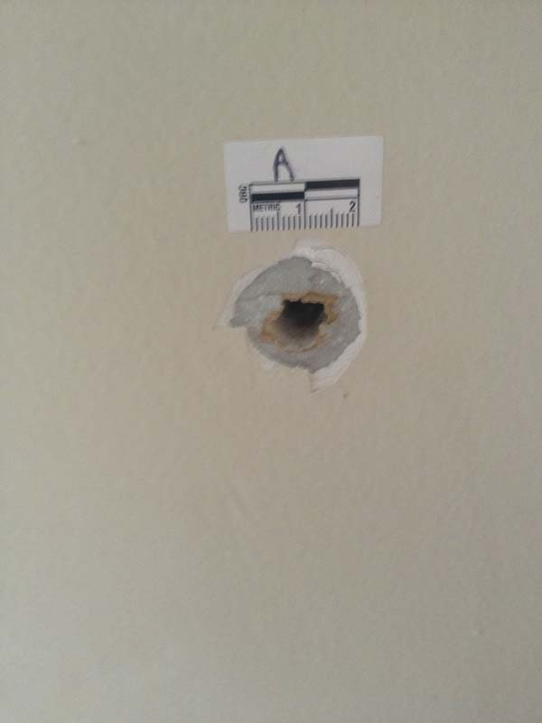 how to fix a tiny hole in the wall