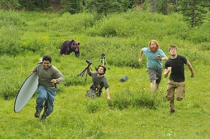 12 - 35 Photographers That Will Do Anything For The Perfect Shot
