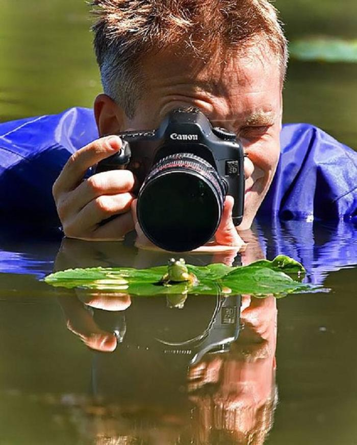 13 - 35 Photographers That Will Do Anything For The Perfect Shot