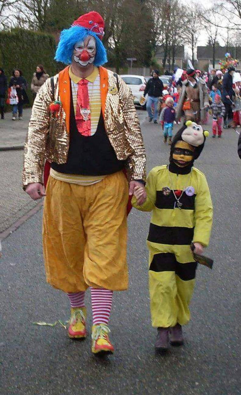 17 - clown and his boy