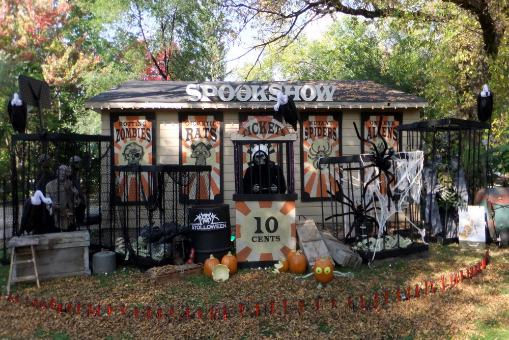 31 31 of the best decorated halloween houses