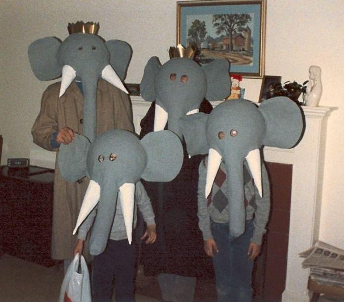 8 - 21 of the WORST DIY costumes. & 21 of the WORST DIY costumes. - Gallery   eBaumu0027s World