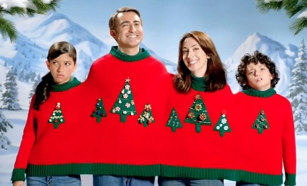 14 20 awkward family christmas pictures - Awkward Family Christmas Photos