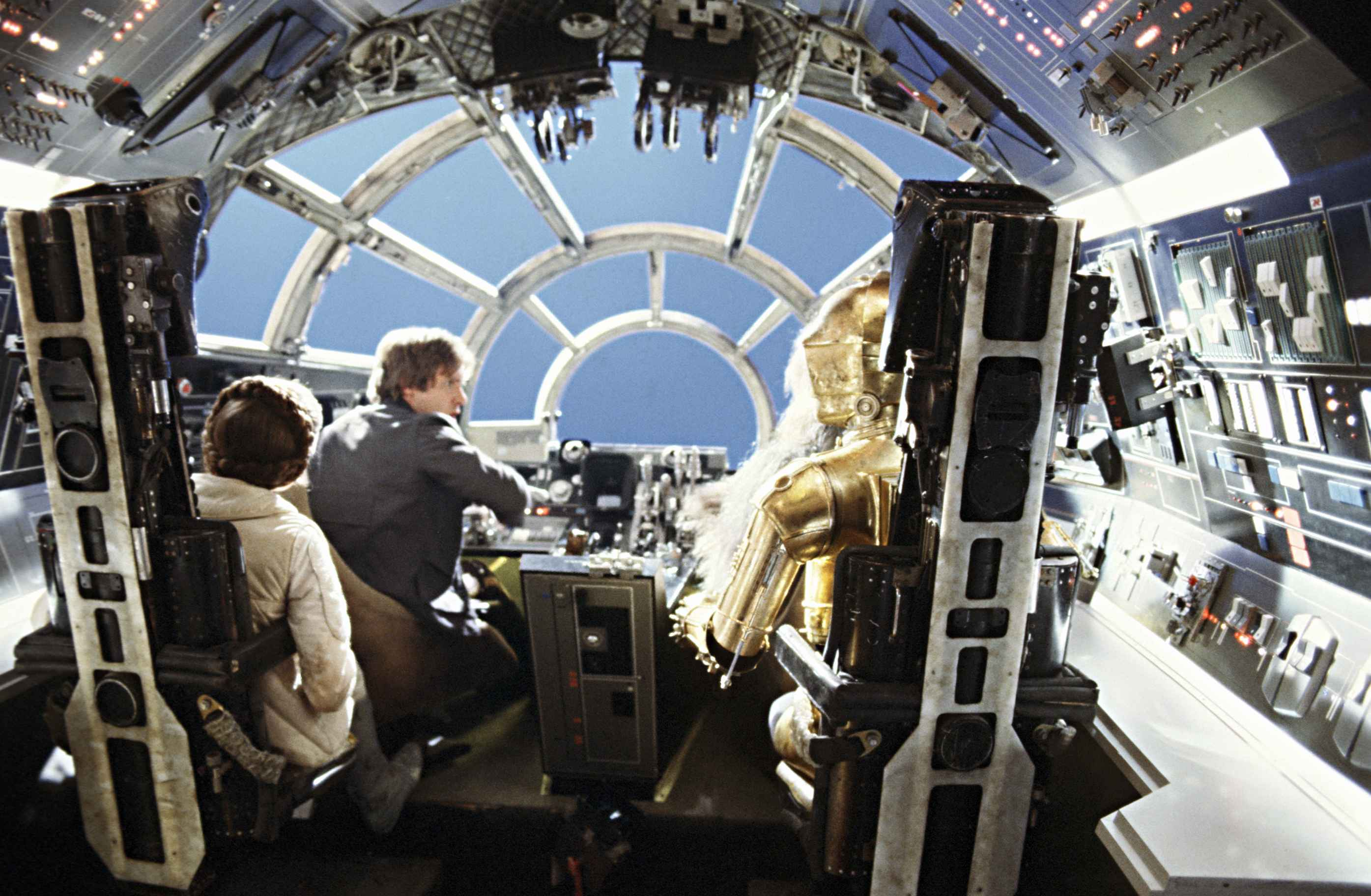Rare star wars movie behind the scenes production photos for Interior halcon milenario
