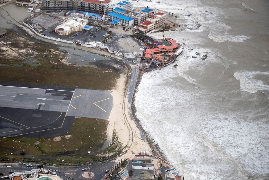 12 - Before And After Photos Show The Destruction Already Caused By Hurricane Irma