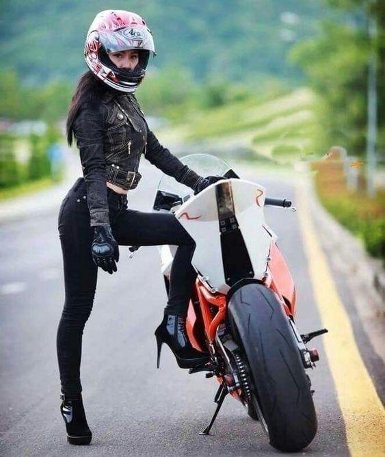 34 - hot girl on motorcycle