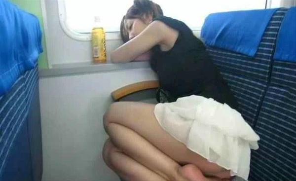 10 - 30 Passengers Who Should Have Never Been Let On Board
