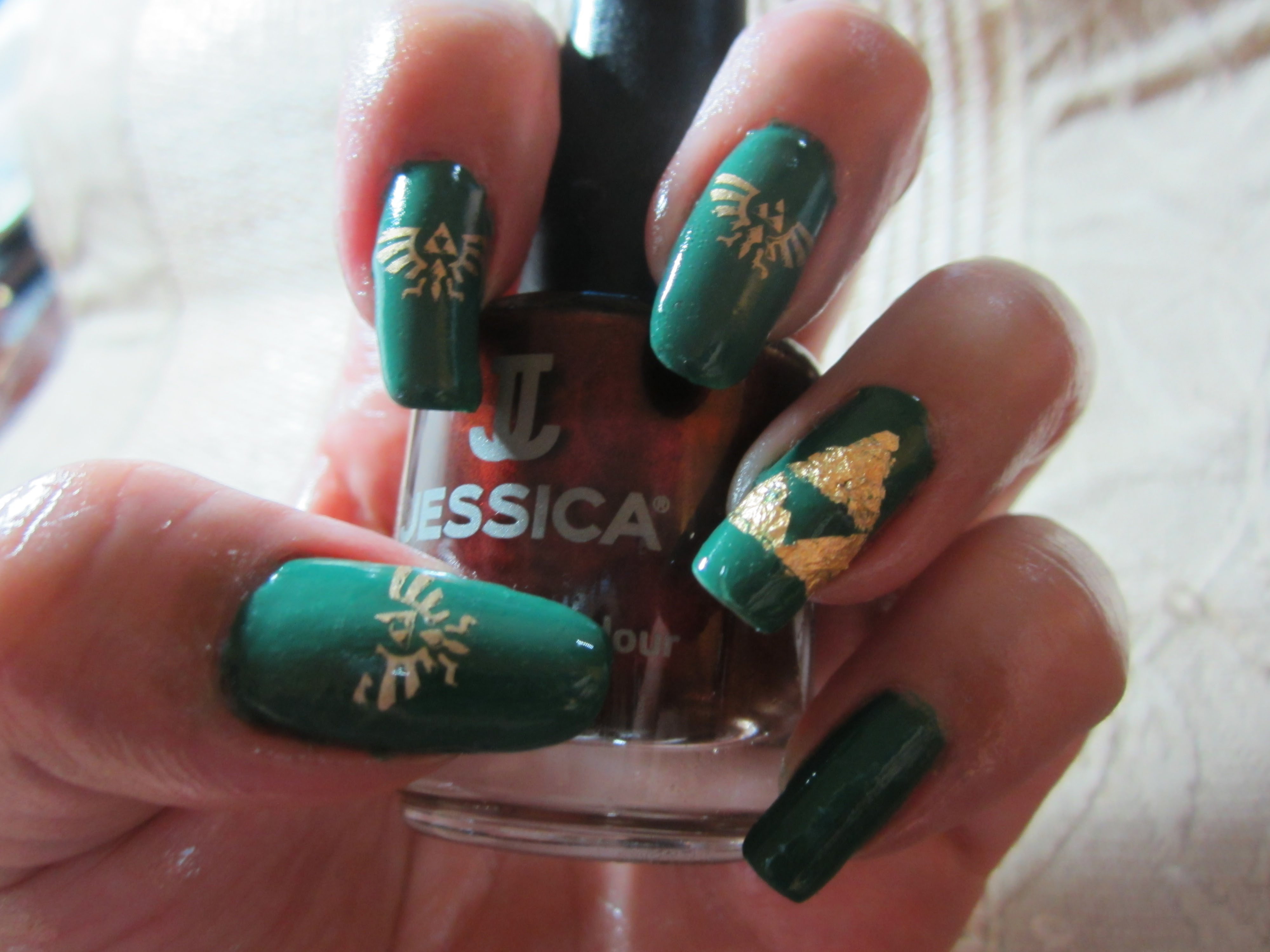 5 Some Cool Green And Gold Zelda Inspired Nails My Personal Favorite