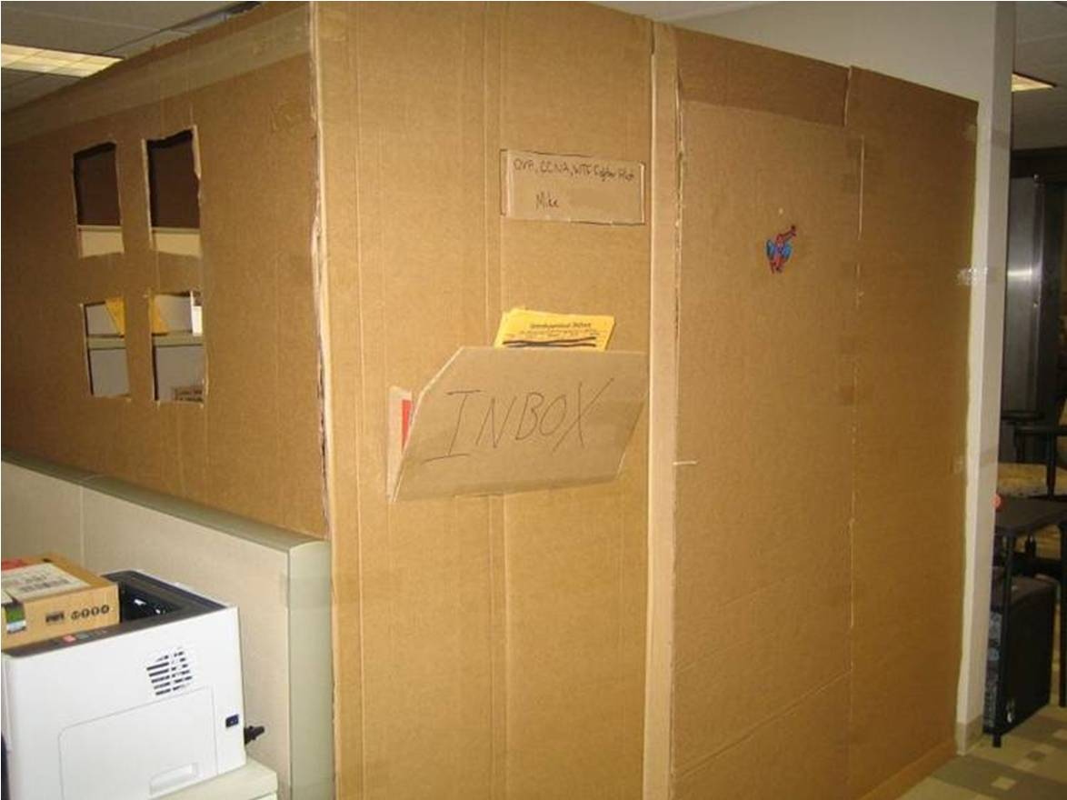 Cardboard office prank  Gallery  eBaums World