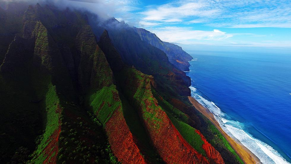 8 - Wanna see a tropical paradise? Just go to Kauai, Hawaii.
