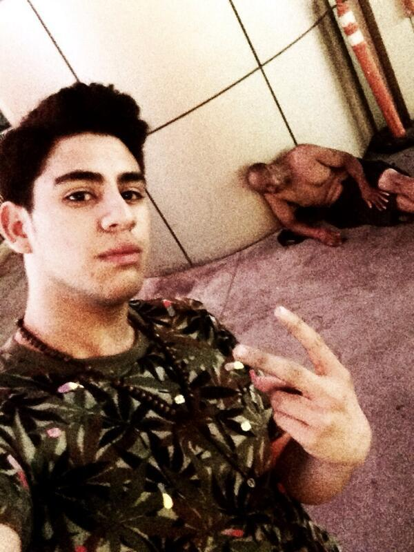 Worst guy selfies