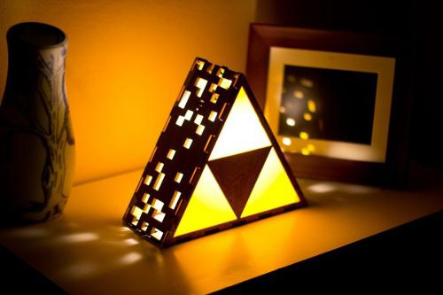 22 awesomely nerdy lamps pop culture gallery ebaum s world