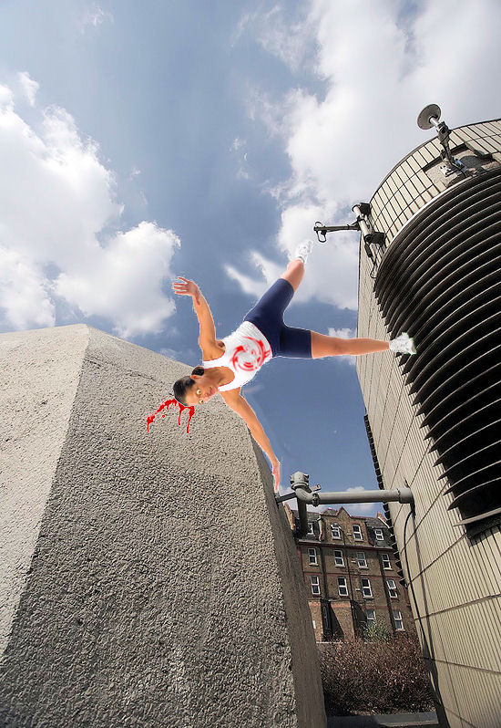 Hot girl parkour - FAIL!