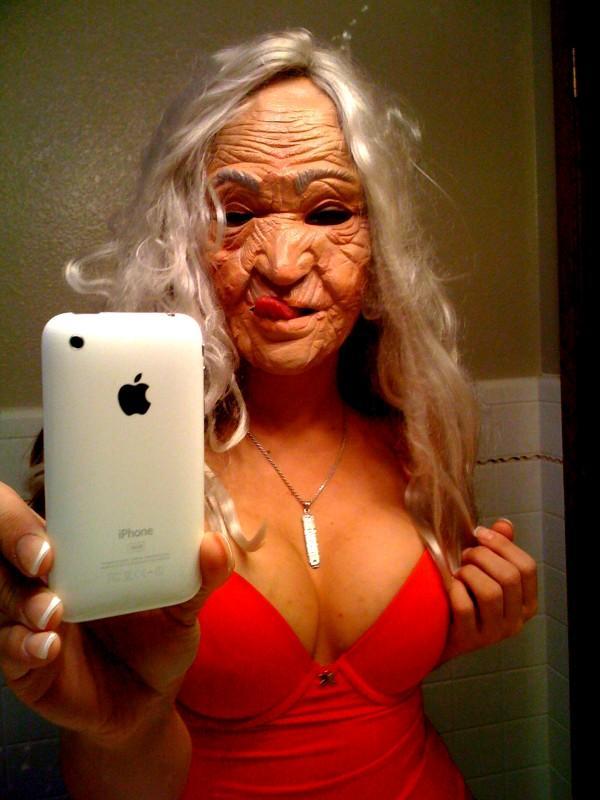 xxx WOW YOU GOT A IPHONE xxx - Picture | eBaums World