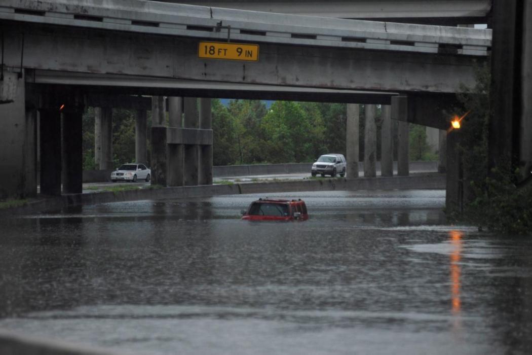 13 - Humvee makes his way through floods from Hurricane Harvey
