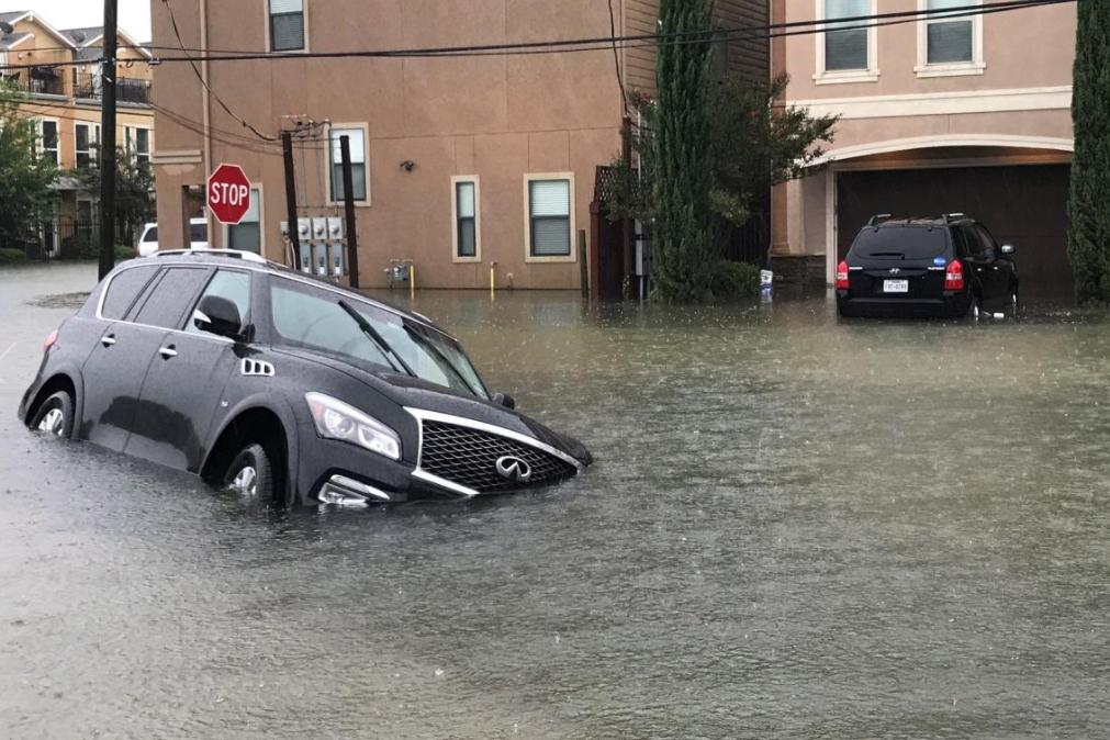 14 - Infiniti SUV did not fair well against Hurricane Harvey