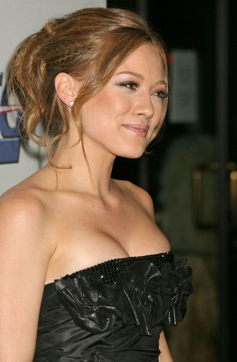 Hilary Duff S Tits 4