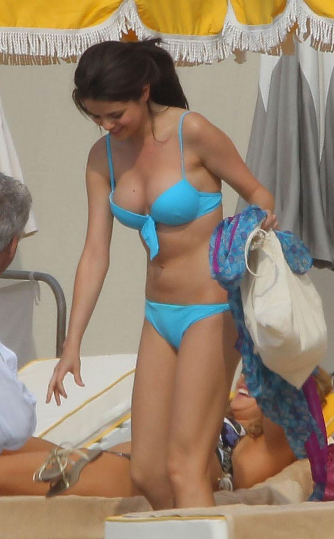 Selena Gomez Hot No Fake