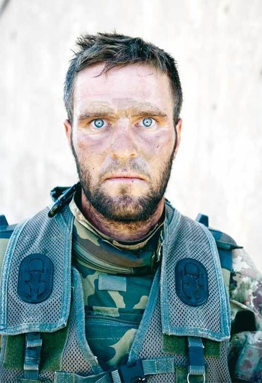 21 -  The intense eyes of Antonio Metruccio after a firefight that lasted 72 hours.