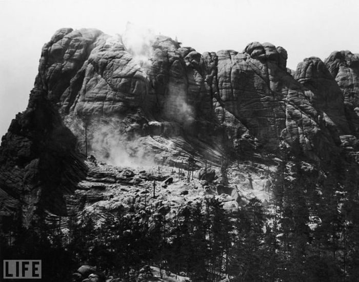 15 - Mount Rushmore before the carving