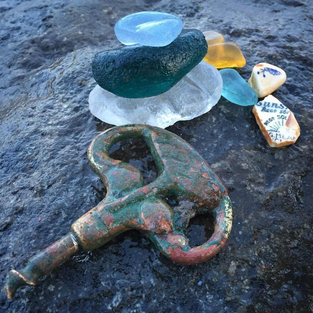 Sea Gl Key And Bits Of Pottery Made Their Way Onto A