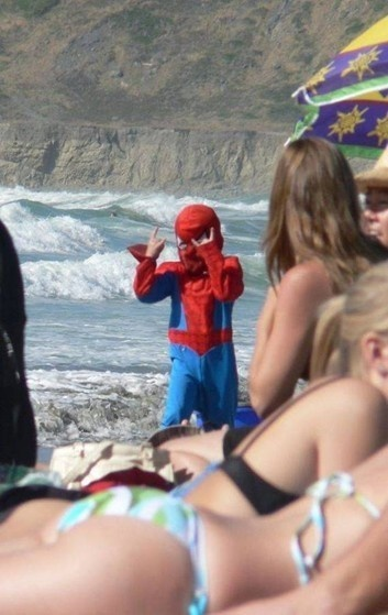 25 - The Most Important WTF Beach Photos Ever Taken