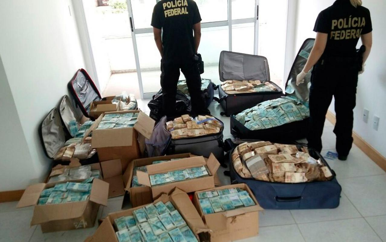 7 - suitcases with euros from corrupt politician Suitcases filled with money found at the house of an ex-Minister give a glimpse into the amount of money corrupt politician embezzled