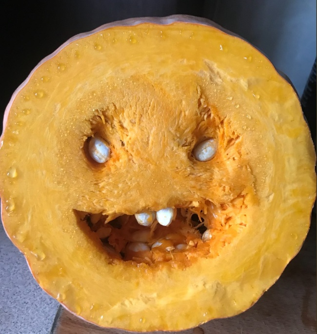 """10 - """"I cut the pumpkin and forgot what I was cooking."""""""