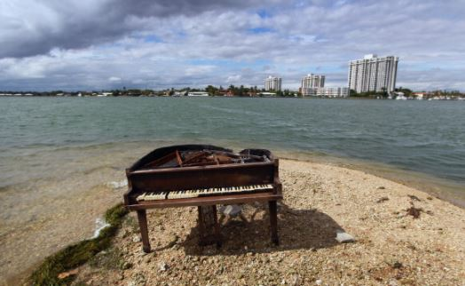 15 - A giant piano in Miami, Florida