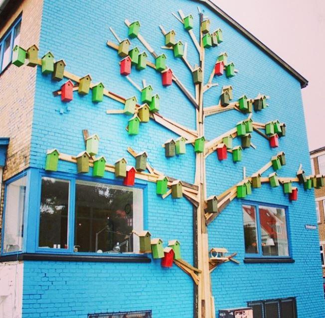 6 - Cool urban birdhouses