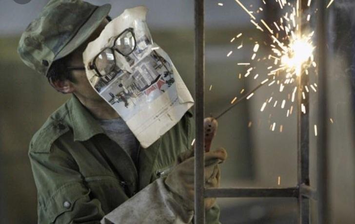 17 - Using a newspaper as a welding mask...