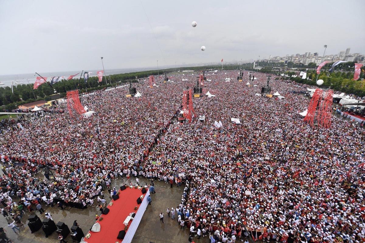 5 - Right now, 5 million people are in a rally for the main opposition candidate against Turkey's presiden Erdoğan