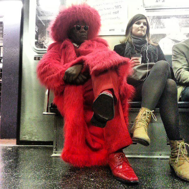 20 - 30 weird sights spotted on the subway