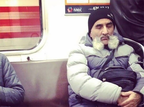 26 - 30 weird sights spotted on the subway