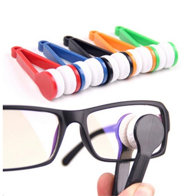 13 - A glasses cleaner