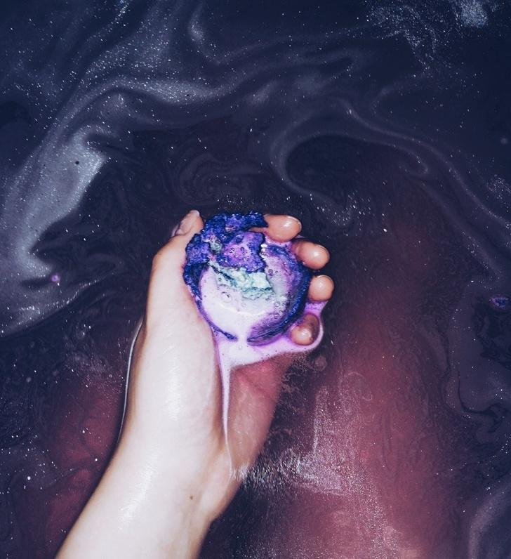 39 - An intergalactic bath bomb