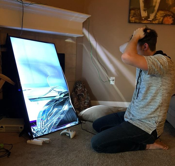 """19 - """"My friend dropped his new TV set."""""""