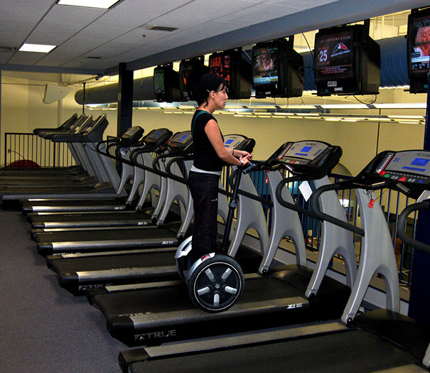 19 - 38 weirdest things spotted at the gym