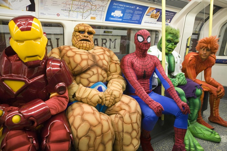 15 - 28 bizarre things seen on the subway